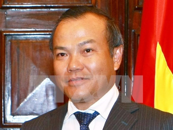 旅外越南人国家委员会主任武鸿南会见旅居澳门越南人社群代表 hinh anh 1