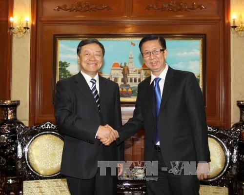 越南胡志明市和中国大连市加强合作 共促发展 hinh anh 1