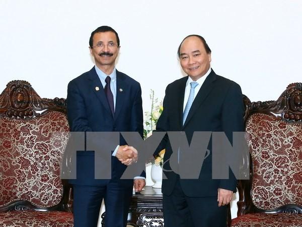 阮春福总理会见阿联酋迪拜世界港口集团董事长苏莱姆 hinh anh 1