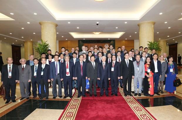 阮富仲总书记会见第五次越南学国际学术研讨会与会代表 hinh anh 3