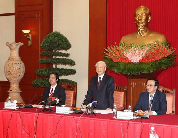 阮富仲总书记会见第五次越南学国际学术研讨会与会代表 hinh anh 2