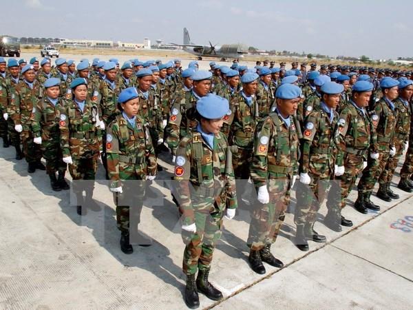 柬埔寨与中国加强军事合作 hinh anh 1