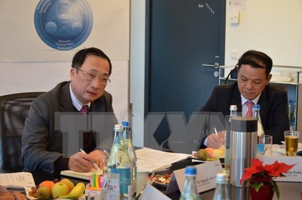 越南与瑞士交换安全管理经验 hinh anh 1