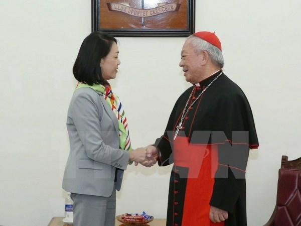 越共中央民运部部长张氏梅同志圣诞节前开展走访慰问活动 hinh anh 2