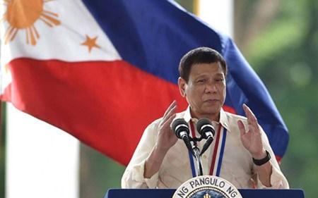 菲律宾总统杜特尔特要求美军撤军 hinh anh 1