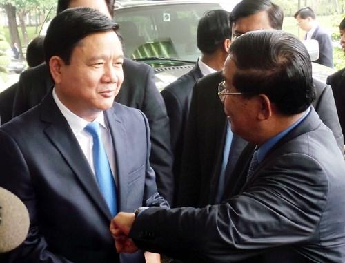 柬埔寨首相洪森访问胡志明市 hinh anh 2
