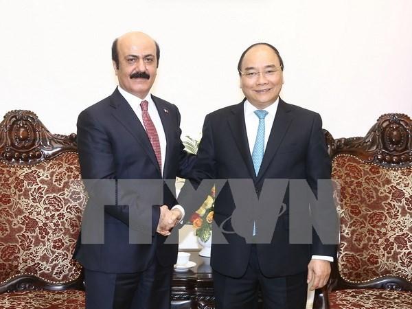 越南政府总理阮春福会见卡塔尔大使 hinh anh 1
