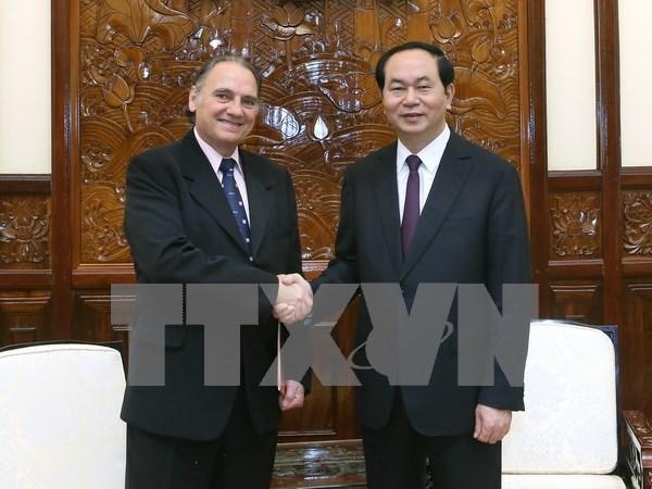 陈大光主席会见UNESCO世界学习和世界公民教育项目主席托雷斯 hinh anh 1