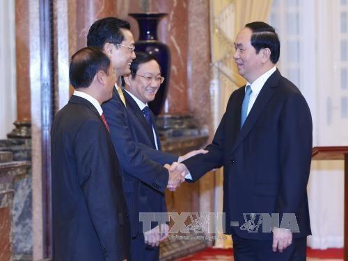 越南国家主席陈大光任命越南驻外大使 hinh anh 1