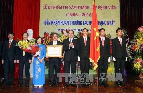 陈大光主席出席越德友宜医院成立110周年纪念典礼 hinh anh 1
