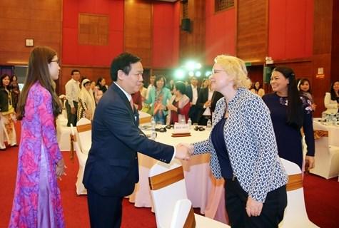 王廷惠副总理:推动创业与促进性别平等并行 hinh anh 1