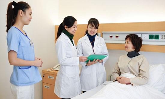 2016年:河内市防控好疾病 提高人民保健工作质量 hinh anh 1