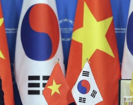 越南政府总理阮春福与韩国代理总统兼总理黄教安互致贺电 hinh anh 1