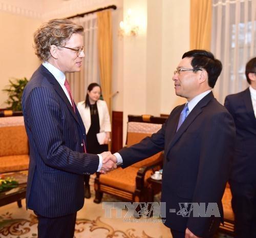 瑞典驻越南大使:瑞典企业十分关注越南零售市场 hinh anh 1