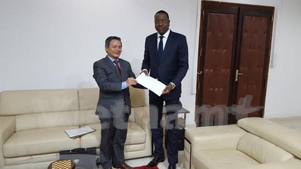 越南与塞内加尔加强经贸合作 hinh anh 1