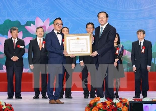 越南国家主席陈大光出席科技领域胡志明奖与国家奖第五批颁奖盛典 hinh anh 1
