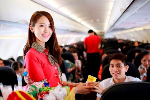 越捷航空公司将于2017年4月开通河内市至新加坡直达航线 hinh anh 2