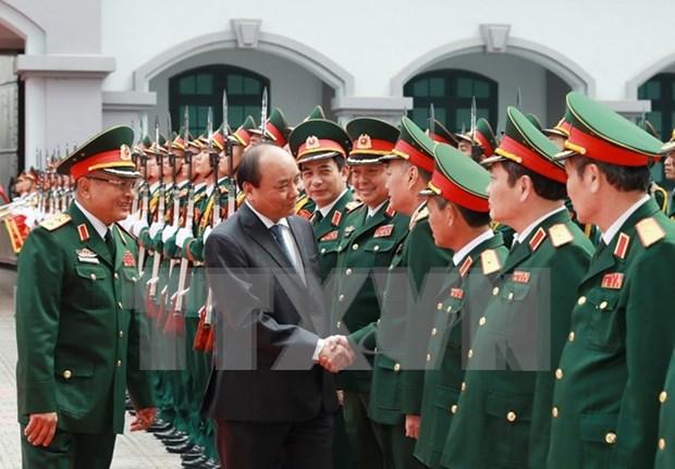 越南政府总理阮春福来到国防情报总局调研 hinh anh 1