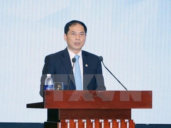 越南外交部副部长裴青山:越南为2017年APEC峰会的成功举办做好准备 hinh anh 1