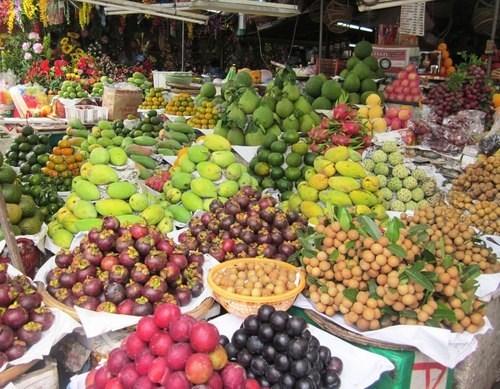 造型水果为春节增添别样艳丽的色彩 hinh anh 1