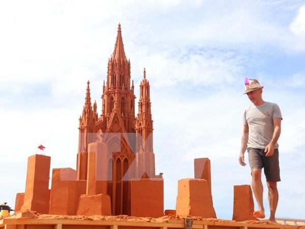 """""""遗忘之地""""——越南首个沙雕公园 hinh anh 1"""