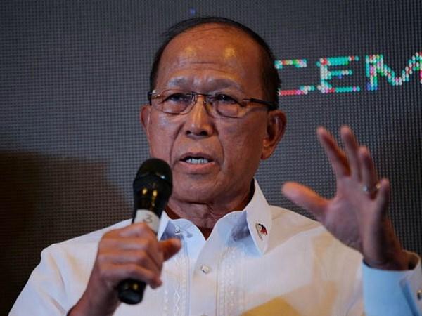 """菲国防部长洛伦扎纳:菲政府与""""新人民军""""有可能继续进行和谈 hinh anh 1"""