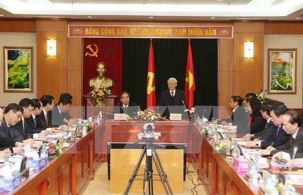 阮富仲总书记:中央经济部是中央委员会、政治局和秘书处的好参谋、好助手 hinh anh 1
