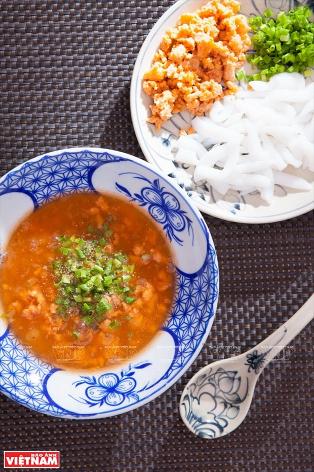 顺化市名菜——南普汤粉 hinh anh 1