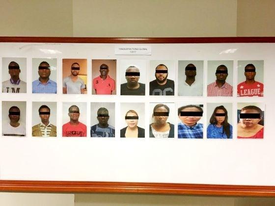 马来西亚与新加坡成功逮捕34名涉嫌诈骗犯罪嫌疑人 涉及金额超过2160万令吉 hinh anh 1