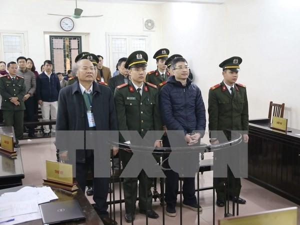 前 Vinashinlines总经理及其同犯今日出庭受审 hinh anh 1