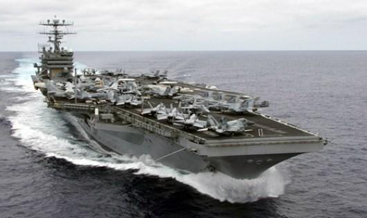 美国航母战斗机群在东海开展巡逻行动 hinh anh 1