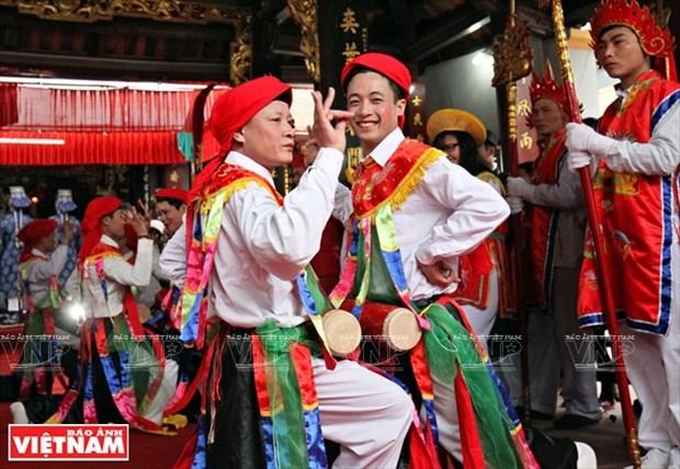 河内清池县朝曲村的传统艺术——蓬舞 hinh anh 1