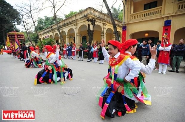 河内清池县朝曲村的传统艺术——蓬舞 hinh anh 14