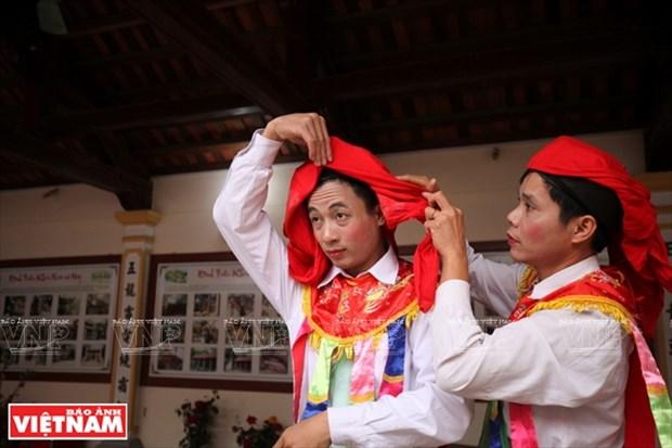 河内清池县朝曲村的传统艺术——蓬舞 hinh anh 3
