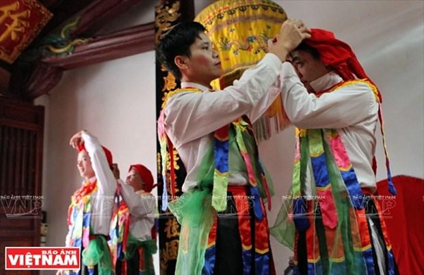 河内清池县朝曲村的传统艺术——蓬舞 hinh anh 4