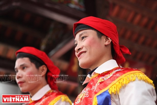 河内清池县朝曲村的传统艺术——蓬舞 hinh anh 6