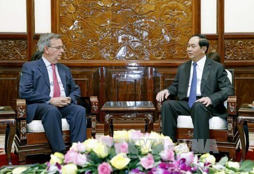 陈大光:越南一向重视与西班牙的友好合作关系 hinh anh 1