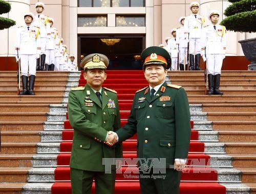 进一步推动越缅两国防务合作 hinh anh 1