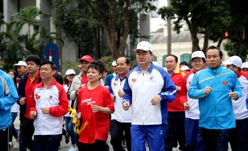 奥林匹克长跑日拟在3月中旬举行 全国54省市报名参与 hinh anh 1