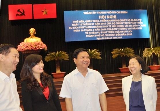 胡志明市努力将旅游业培育成为经济支柱产业 hinh anh 1