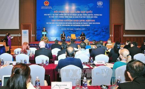 联合国欧亚地区关于加强合作推动贸易便利化的峰会进入最后一天 hinh anh 1