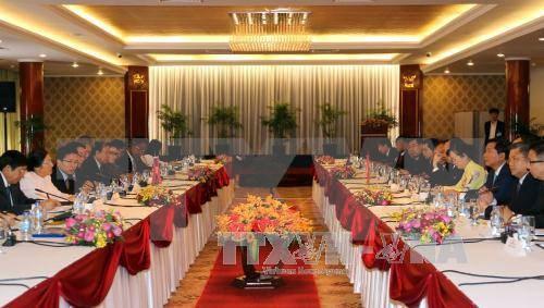 老挝国会主席巴妮·雅陶都对胡志明市进行访问 hinh anh 1