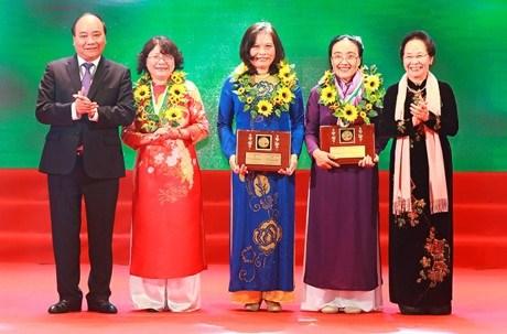 柯瓦列夫斯卡娅奖——越南女科学家的骄傲 hinh anh 1