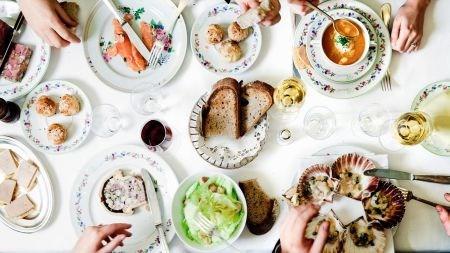 越南24家餐厅参加2017年法国美食节 hinh anh 1