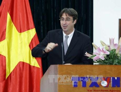 法语国家组织驻亚太地区办事处首席代表:法语有助于推动多种语言平等使用 hinh anh 1