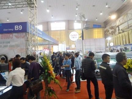 越南国际广告技术与设备展览会在河内开展 hinh anh 1