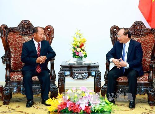 政府总理阮春福会见老挝安全部部长宋乔•西拉冯 hinh anh 1
