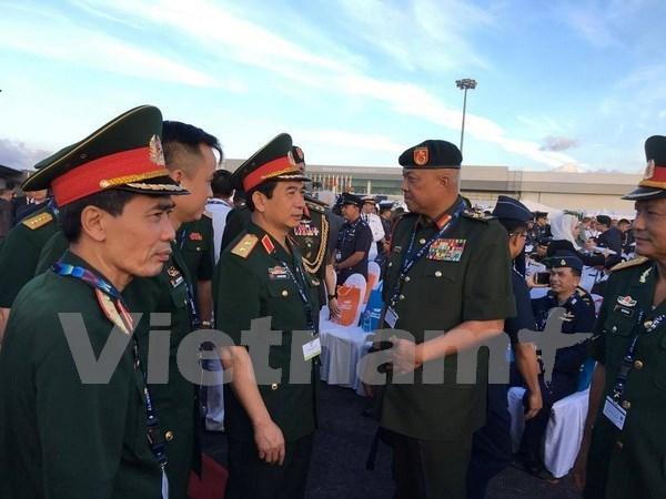 越南和马来西亚加强防务合作 hinh anh 1