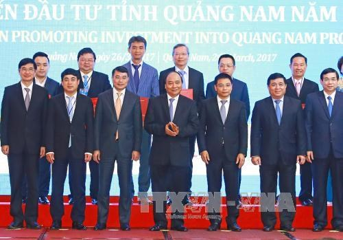 """阮春福总理:广南省在投资活动中需实现国家、投资者和人民""""三方互惠共赢"""" hinh anh 1"""