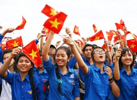 胡志明共青团在俄罗斯举行成立86周年纪念集会 hinh anh 1
